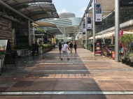 CyberHub, a totally rad outdoor mall situation with so many restaurants.